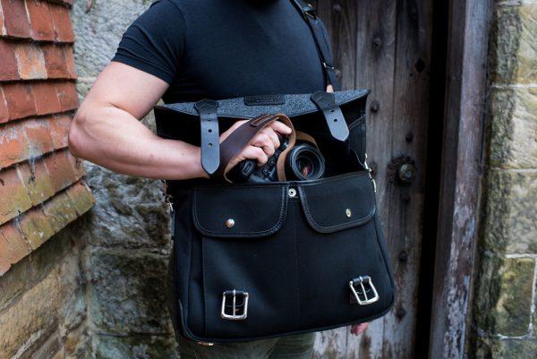 Hawkesmill-Sloane-Street-Camera-Messenger-Bag-Nikon-D5