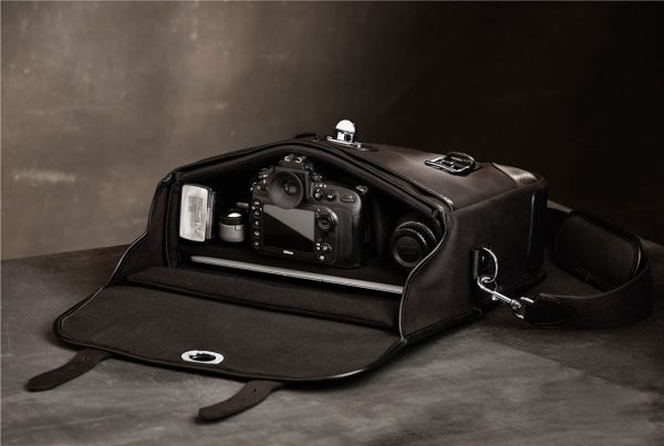 Hawkesmill-Bond-Street-Camera-Bag-Interior