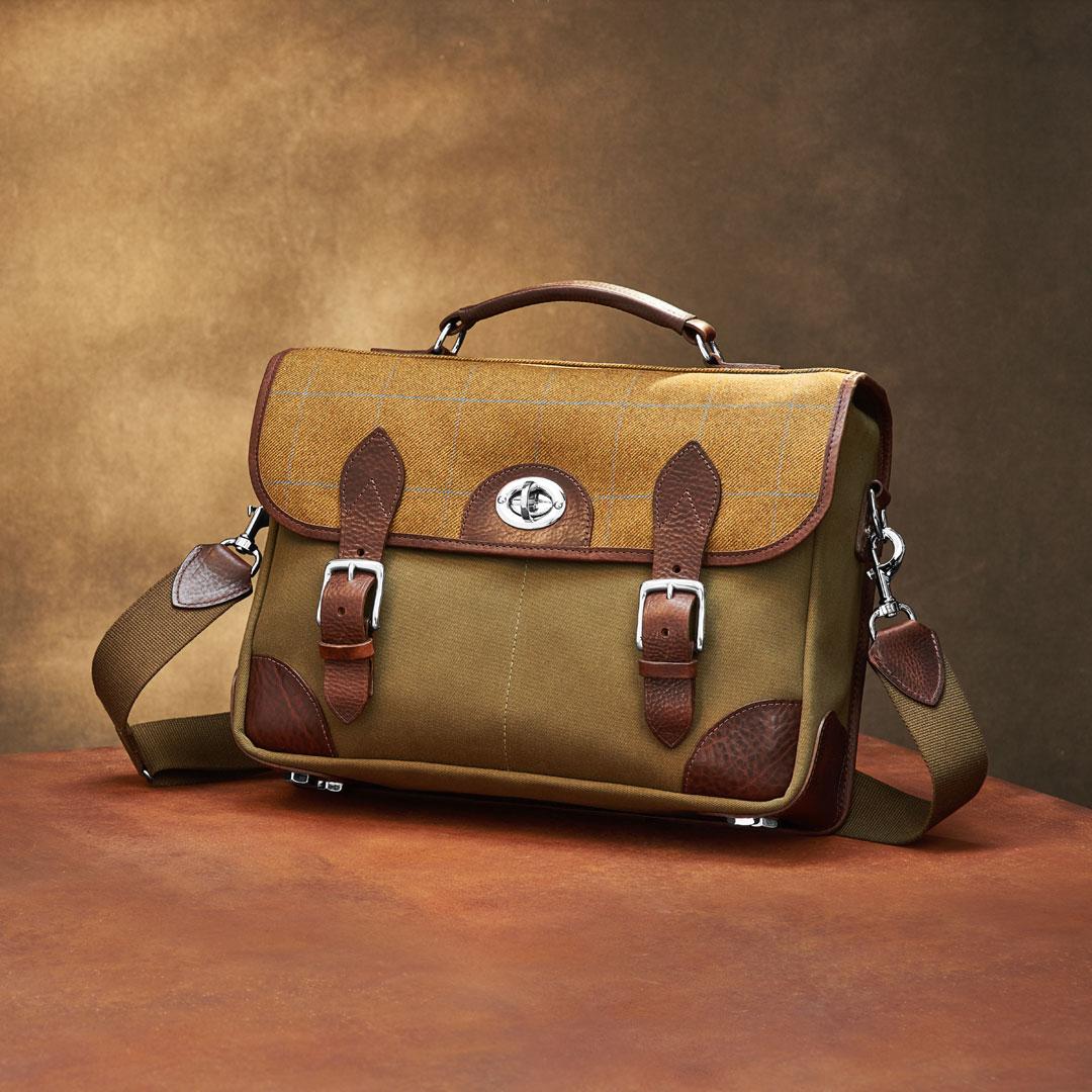 Hawkesmill-Jermyn-Street-Camera-Bag-Front