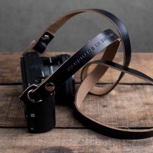 Hawkesmill-Kensington-Leather-Camera-Strap-Black-Rivet-Sony-4