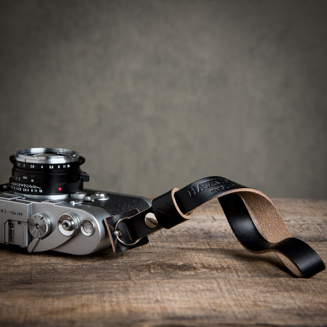 Hawkesmill-Leather-Camera-Wrist-Strap-Leica-Black3