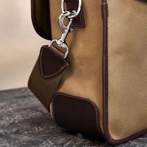 Hawkesmill-Marlborough-Camera-Bag-Rear-Trigger-Hook