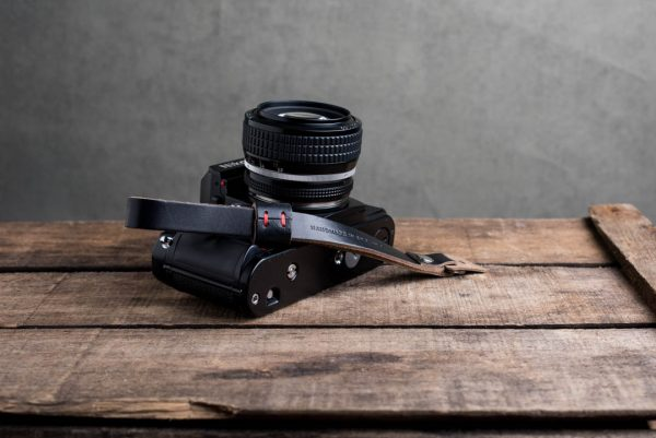 Hawkesmill-Oxford-Black-Leather-Camera-Strap-Nikon-F3-1