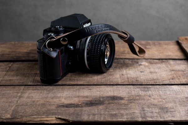 Hawkesmill-Oxford-Black-Leather-Camera-Strap-Nikon-F3-3