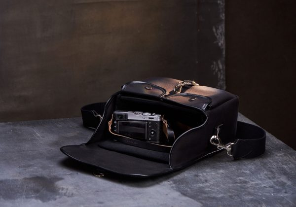 Hawkesmill-Small-Bond-Street-Camera-Bag-Interior