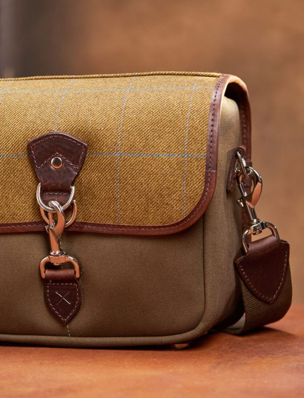 Hawkesmill-Small-Jermyn-Street-Camera-Bag-Trigger-Hook