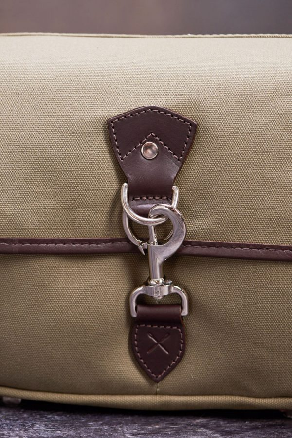 Hawkesmill-Small-Marlborough-Camera-Bag-Trigger-Hook