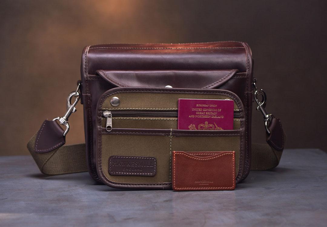 Hawkesmill-Small-Regent-Street-Camera-Bag-Rear-Sleeve