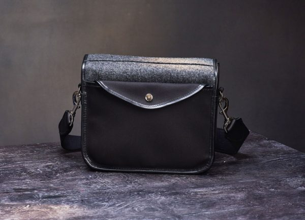 Hawkesmill-Small-Sloane-Street-Camera-Bag-Rear-Pocket