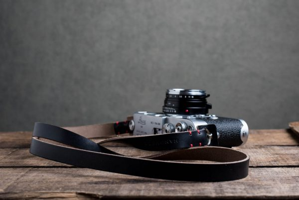 Hawkesmill-Kensington-Leather-Camera-Strap-Black-Stitched-Leica-M3-1