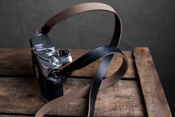 Hawkesmill-Kensington-Leather-Camera-Strap-Black-Stitched-Leica-M3-2