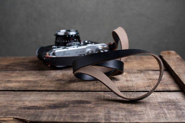 Hawkesmill-Kensington-Leather-Camera-Strap-Black-Stitched-Leica-M3-4