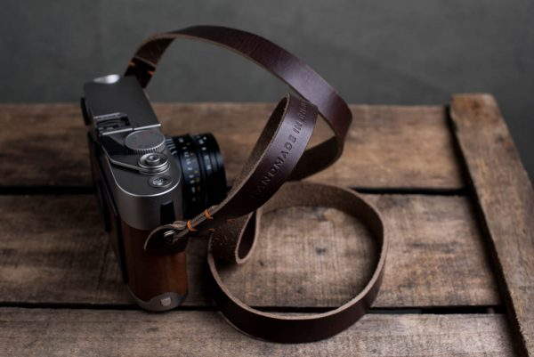 Hawkesmill-Kensington-Leather-Camera-Strap-Brown-Stitched-Leica-M6-2