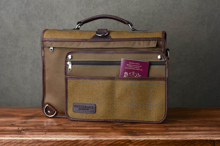 Hawkesmill-Revised-Camera-Messenger-Bag-Jermyn-Street-Rear-Sleeve