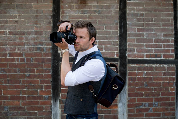 Hawkesmill-Revised-Camera-Messenger-Bag-Monmouth-Street-Nikon-Shooting