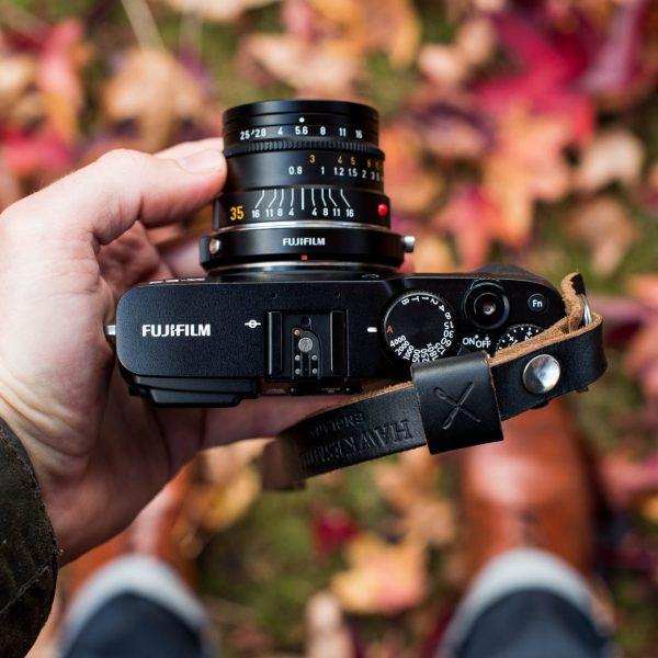 Hawkesmill Oxford Leather Camera Wrist Strap Black on Fujifilm X-E3