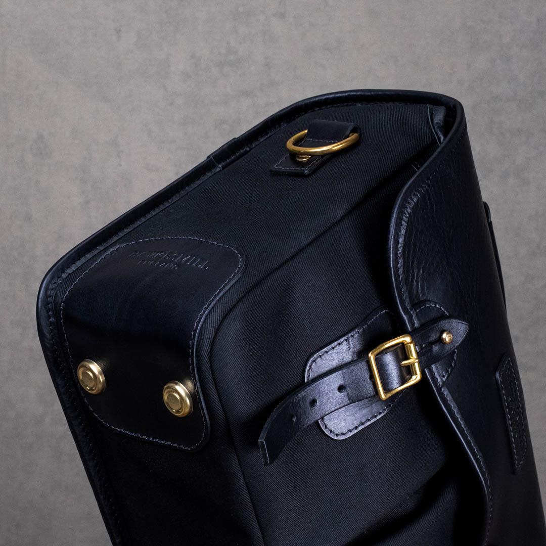 Hawkesmill-New-Bond-St-Medium-Camera-Bag-Feet