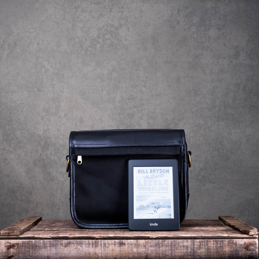 Hawkesmill-New-Bond-St-Small-Camera-Bag-Kindle
