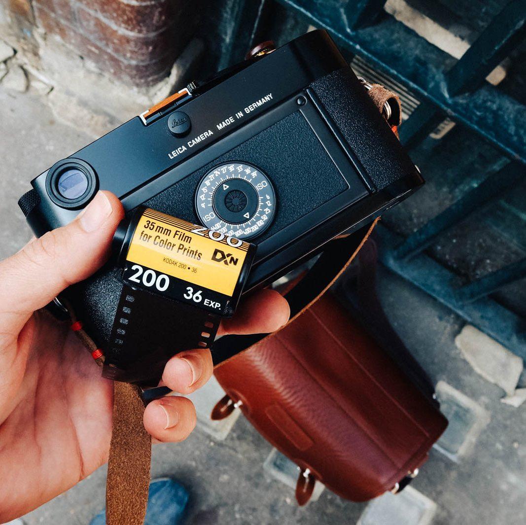 Kodak-Colorplus-200-Leica-MP-Hawkesmill-Camera-Strap